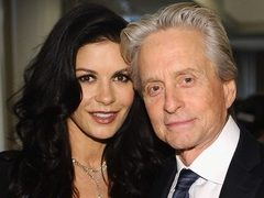 Michael Douglas si Catherine Zeta-Jones s-au impacat!
