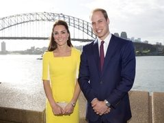 Kate Middleton s-a tuns scurt. Iti place noul look al Ducesei?